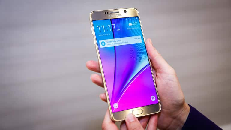 Hands On Picture Of Galaxy Note 5