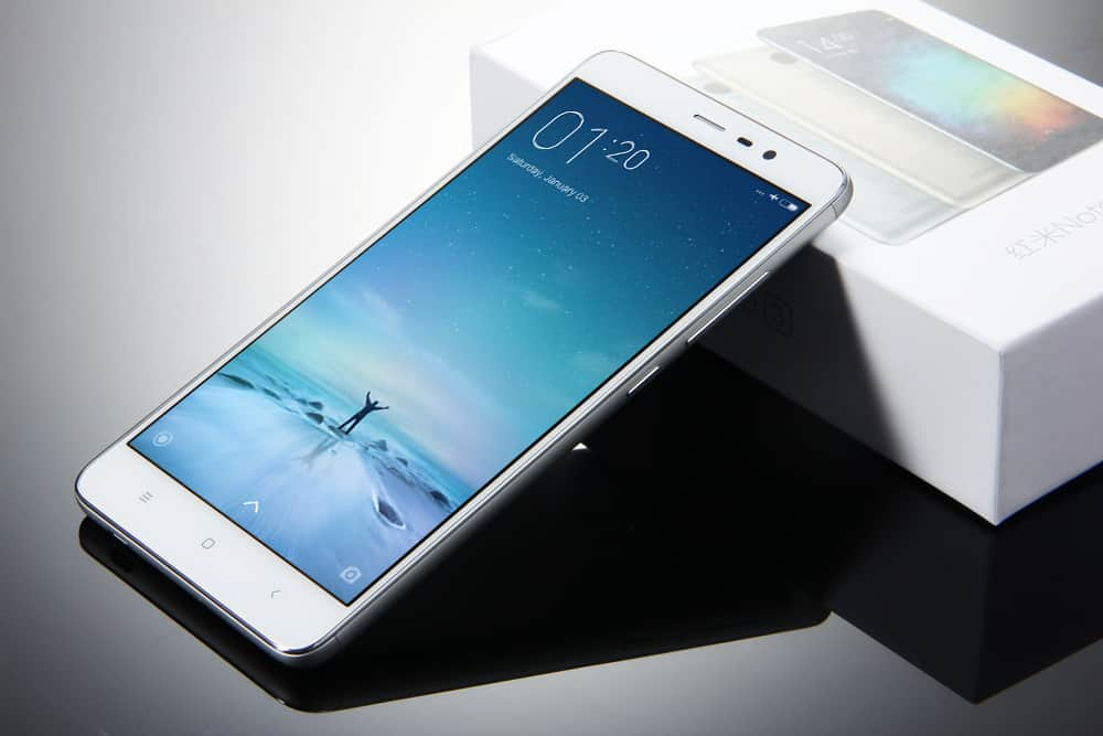 Xiaomi Redmi Note 3 price is around Rs. 9,999. budget 16MP camera phones