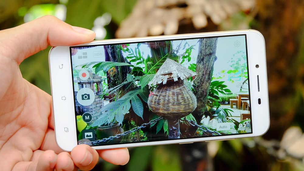 Asus Zenfone 3 Max camera review 1