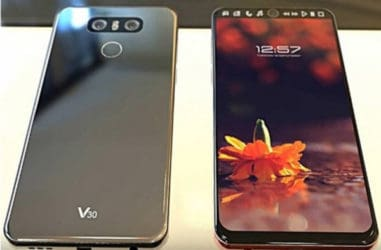 Apple iPhone 8 vs LG V30 monsters