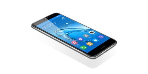 vs Huawei Nova 3